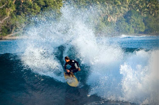 A HUNDRED DIFFERENT SURF BREAKS OF PNG